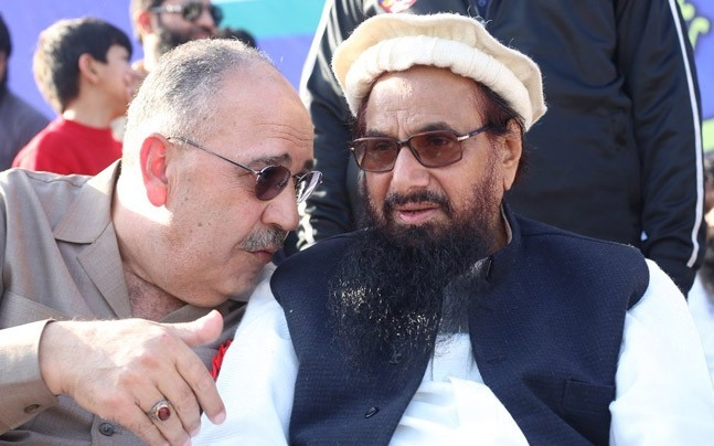 Pakistan buckles under USA pressure, bans Hafiz Saeed from collecting funds