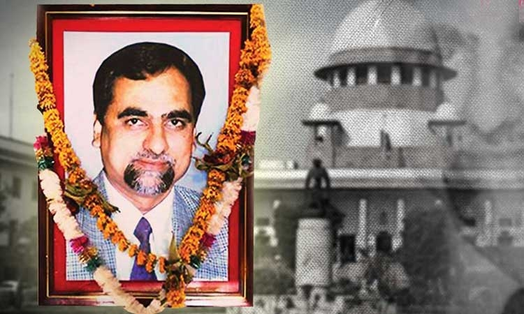 Larger apex court bench should review Loya ruling: Congress