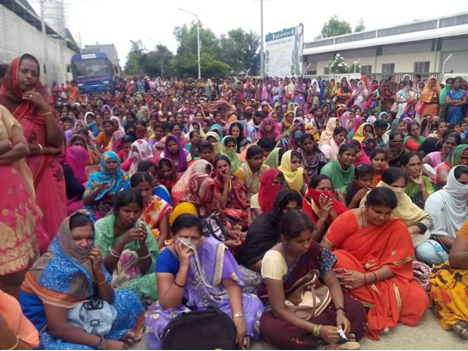 Workers of Maddur's Shahi Exports Complain of Harassment, On Strike