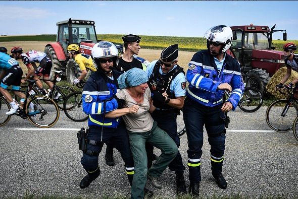 French farmers protesting during Tour de France.