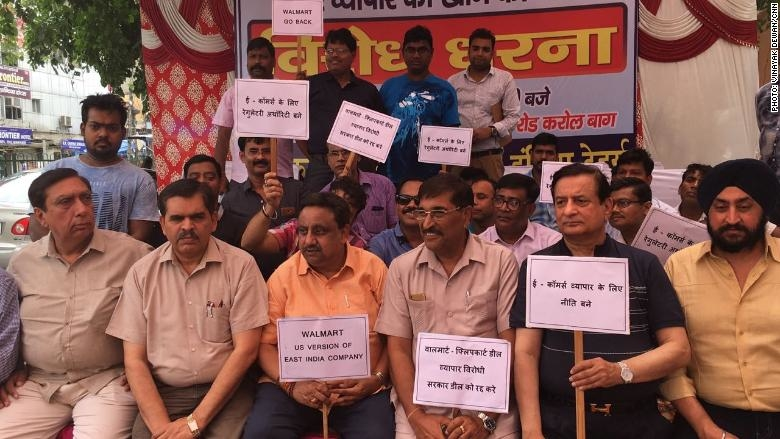 Traders Across India Protest Against Walmart-Flipkart Deal
