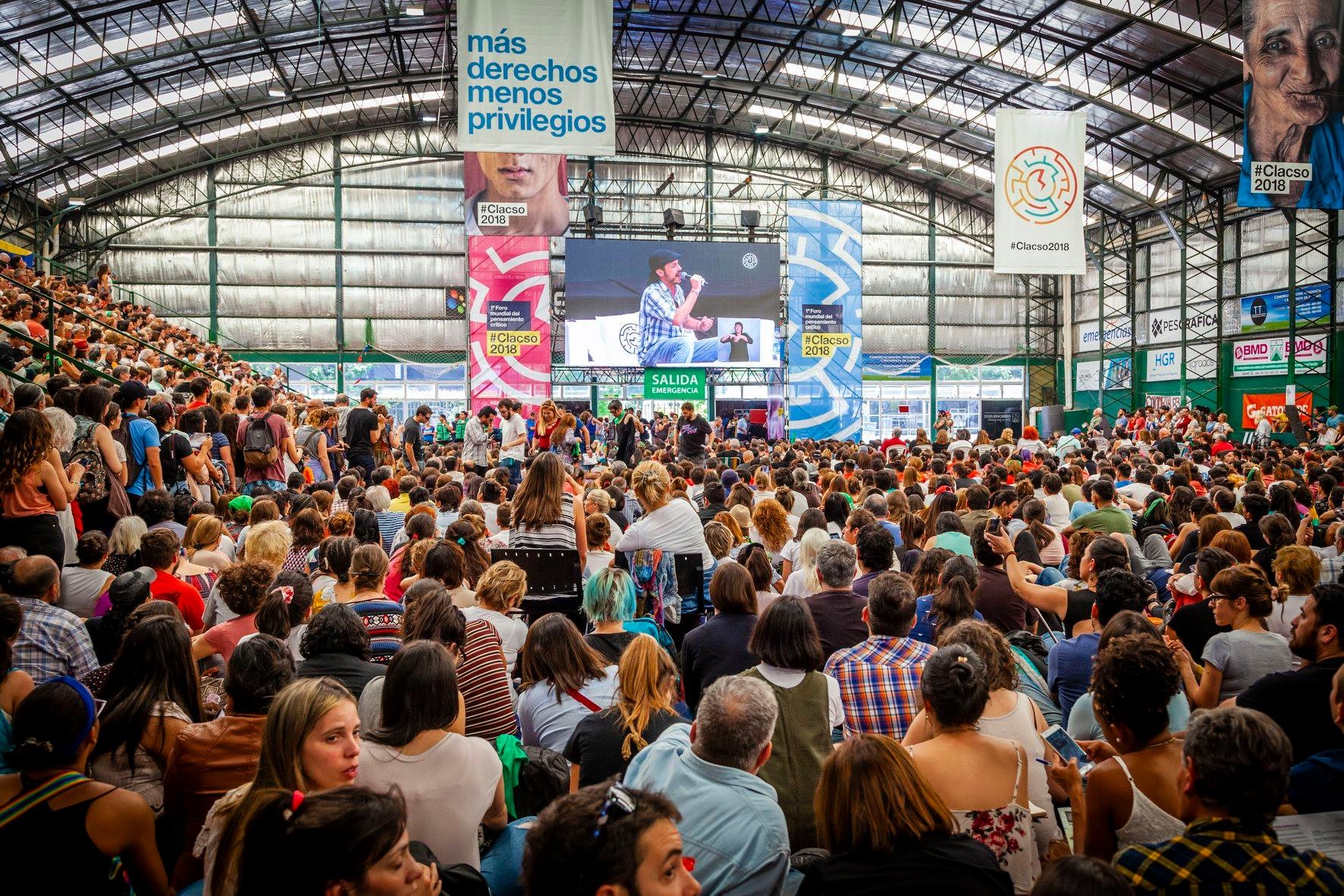 Thousands gathered on Monday November 19 for the International Forum of Critical Thought in Buenos Aires. Photo: CLACSO