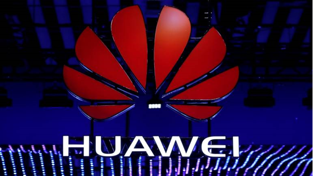 Czech warning over Huawei, ZTE security 'threat'