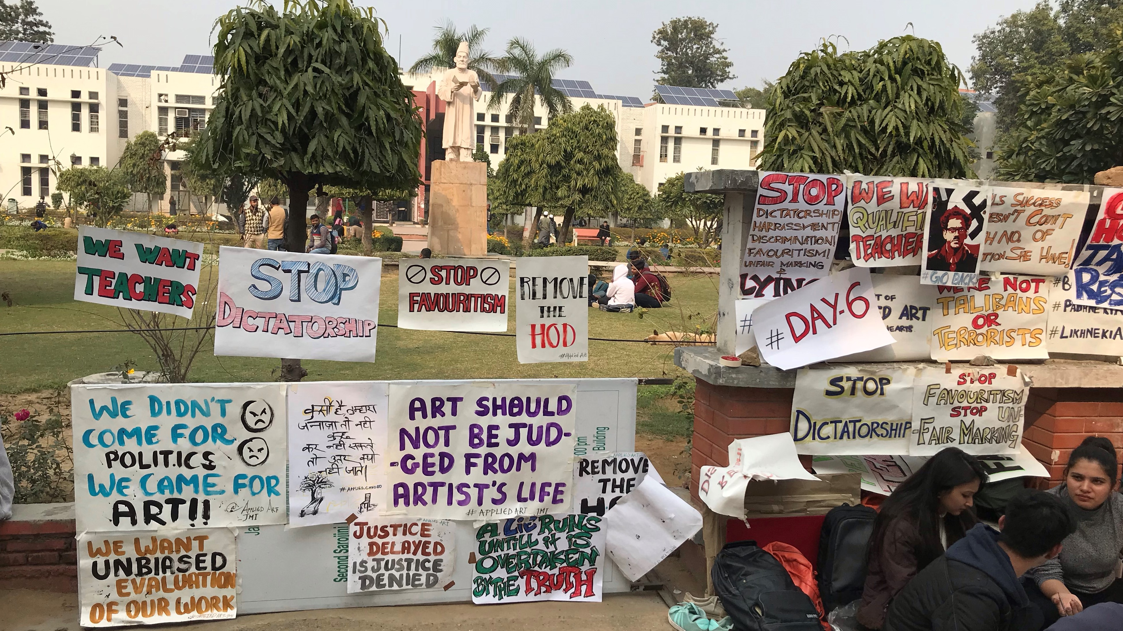 Jamia Students Protest Demanding Suspension of HoD Accused of Sexual Harassment