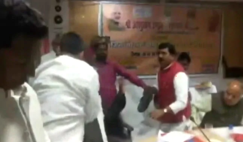 Will BJP's 'Shoe Fight' Turn Into a Brahmin Vs Rajput Issue