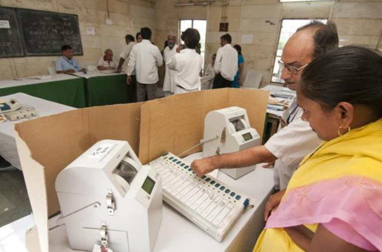 How Secret Are Votes Cast in EVMs?