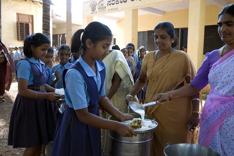 Mid-Day Meals: Activists Slam National Institute of Nutrition For 'Unscientific' Report On Akshaya Patra