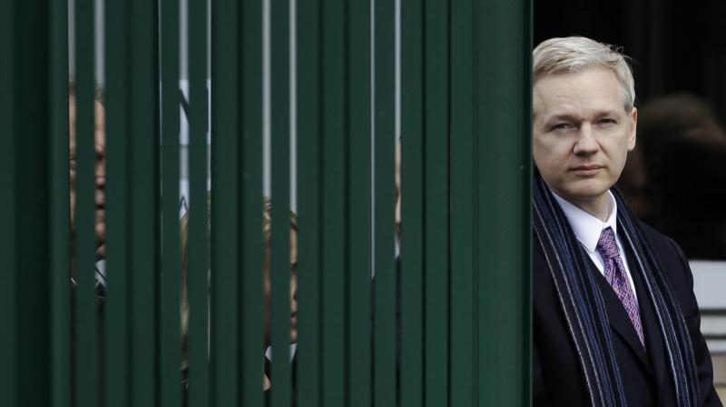 Swedish Prosecutors Seeks Julian Assange's Detention