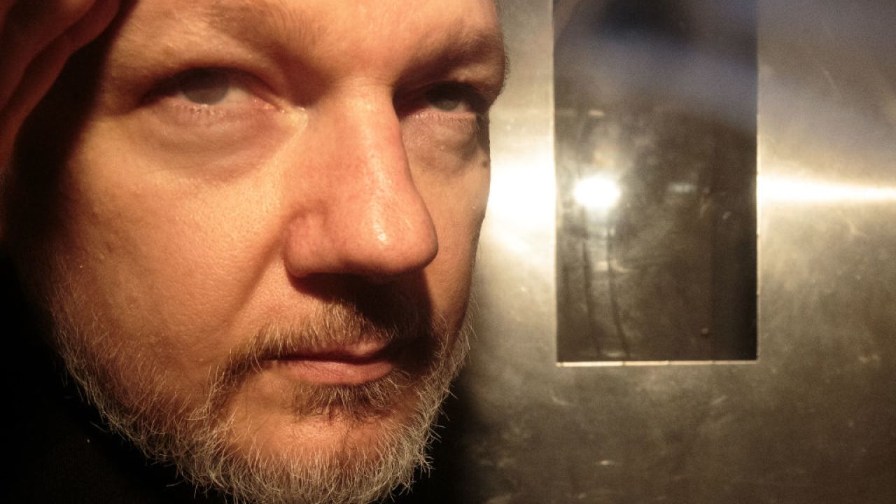UK Home Secretary Signs US Extradition Order for Julian Assange