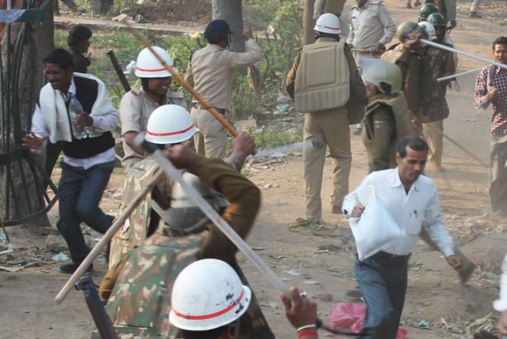 Dozens of Contractual School Teachers Injured