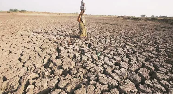 How Gujarat Government is Deepening the Water Crisis