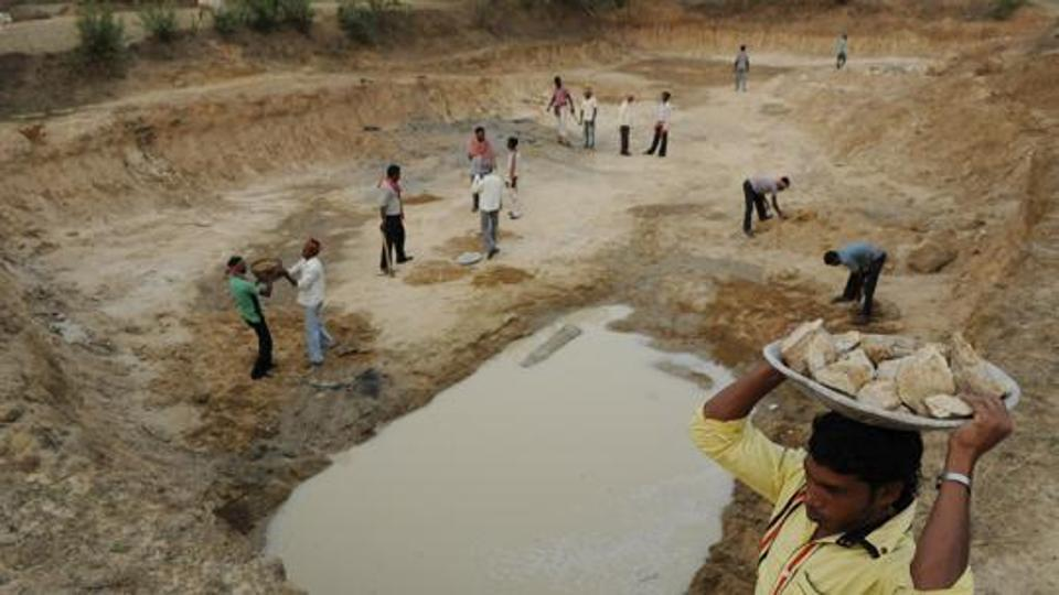 Modi Govt. Failed to Meet Drought Projects in Previous Year, Reorients MGNREGA for Water Conservation