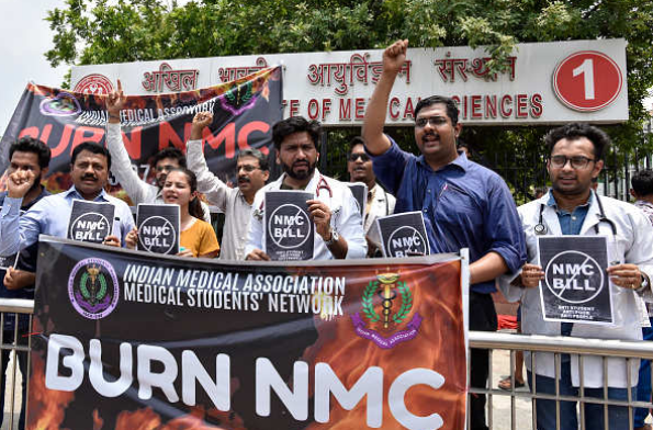 Countrywide Doctors, Students Protest Against NMC Bill