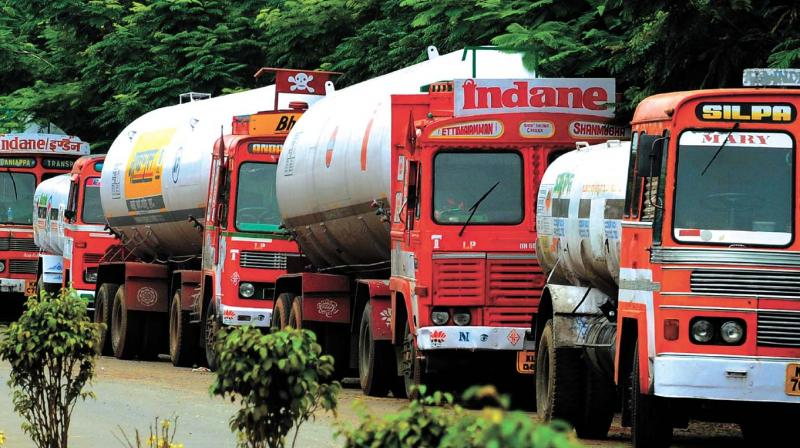 IOC Prefers Private Parties Over Cooperative; Himachal Transporters To Protest