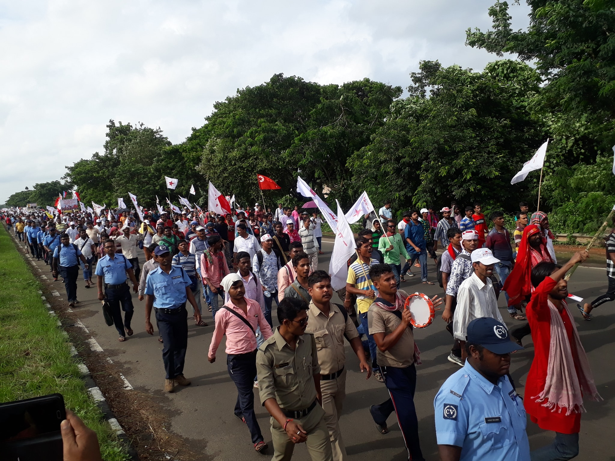 SFI DYFI March