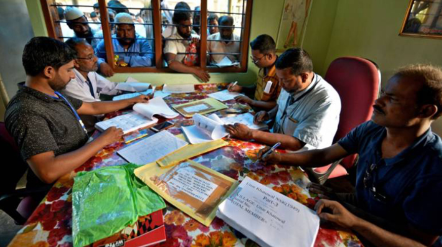 Mamata's assurances are failing to contain the impending fear of NRC among voters in Bengal