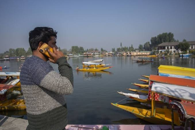 Kashmir: Revival of Postpaid Services