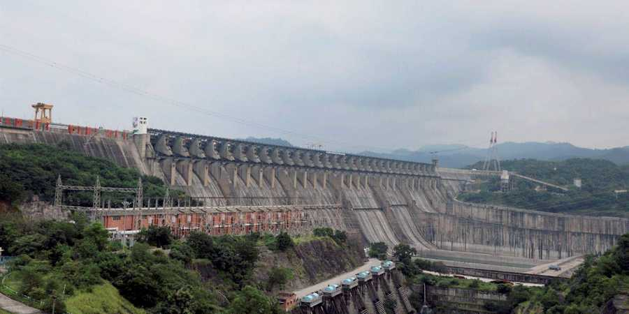 Supreme Court Sends Sardar Sarovar Case to Review Committee