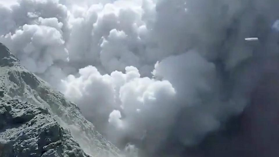 1 dead, Several Missing After Volcano Erupts in New Zealand