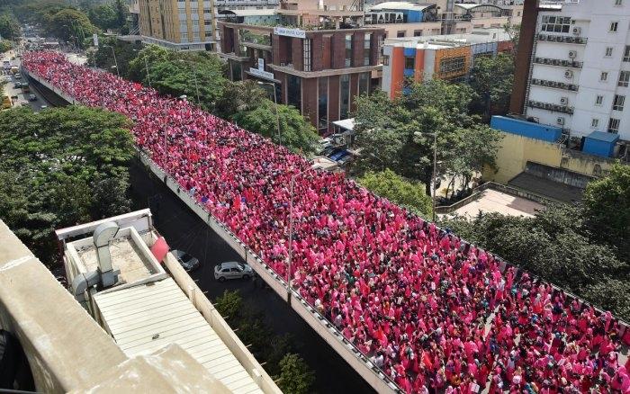 After Massive March, Karnataka ASHA Workers Decide to Boycott Work ...