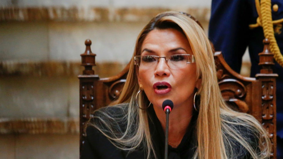 The self-proclaimed Bolivian president, Jeanine Áñez, ordered the expulsion of the Mexican ambassador and Spanish diplomats from the country on December 30. Photo: Reuters/David Mercad