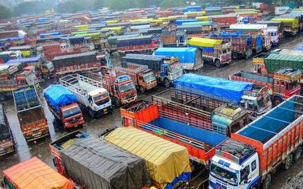 Jan 8 Strike: Lakhs of Lorry Workers