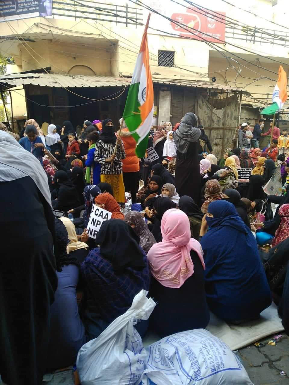 Police Brutality in Kanpur: Anti-CAA Protesters Face Lathis, Threatened with Sedition Charge