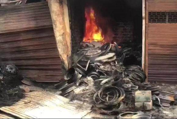 Delhi Violence: Traders Not Even Allowed Access to the Charred Tyre Market at Gokulpuri