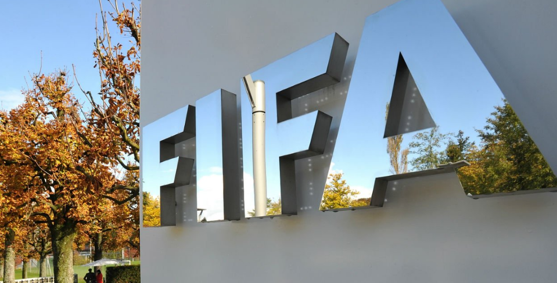 FIFA sets up temporary transfer window and player contract rules
