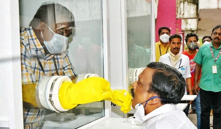 Uncertainty Over COVID-19 Containment, Lockdown Extension Engulfs Telugu States