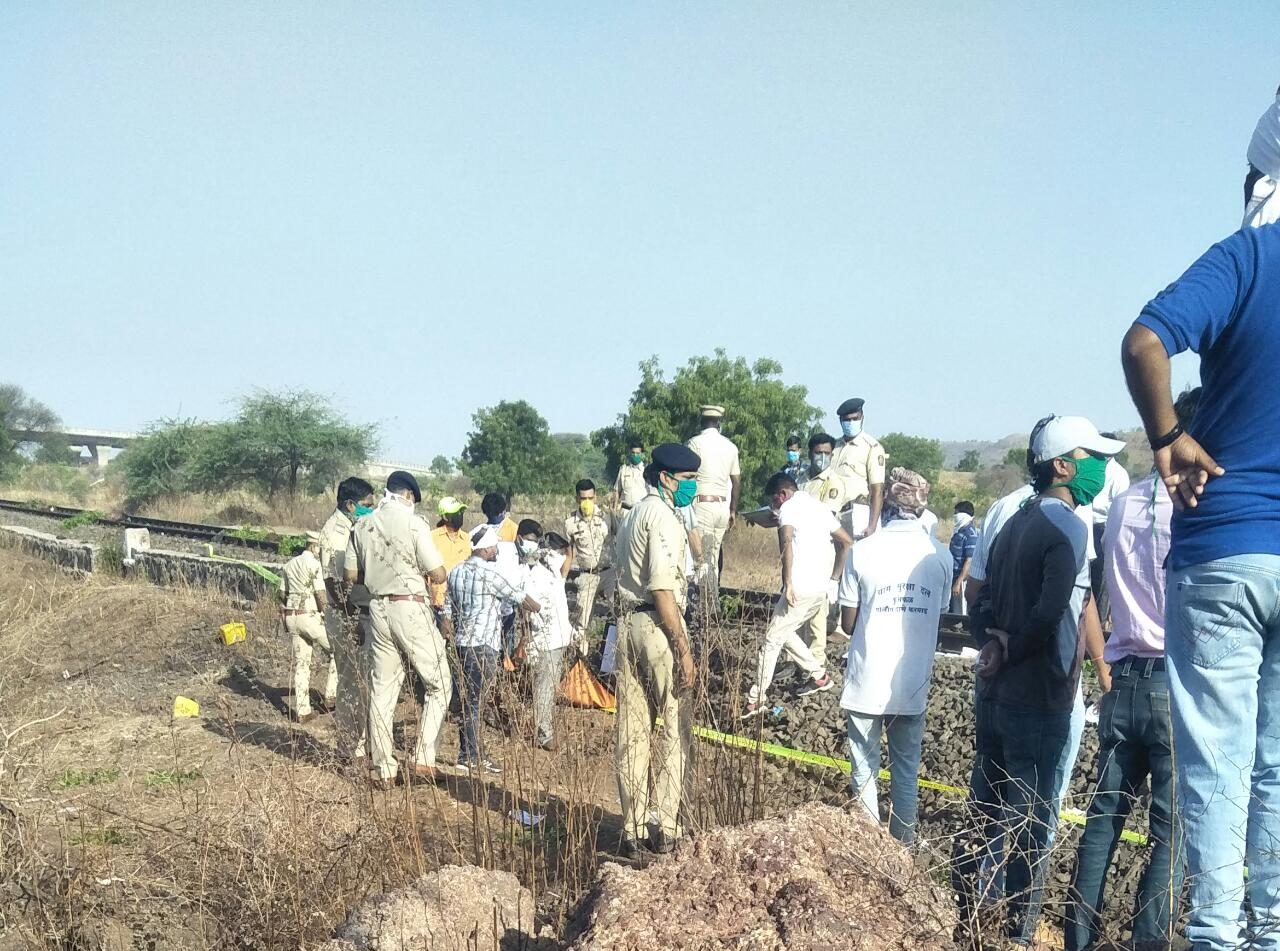 Train mows down 15 migrant labourers in Aurangabad