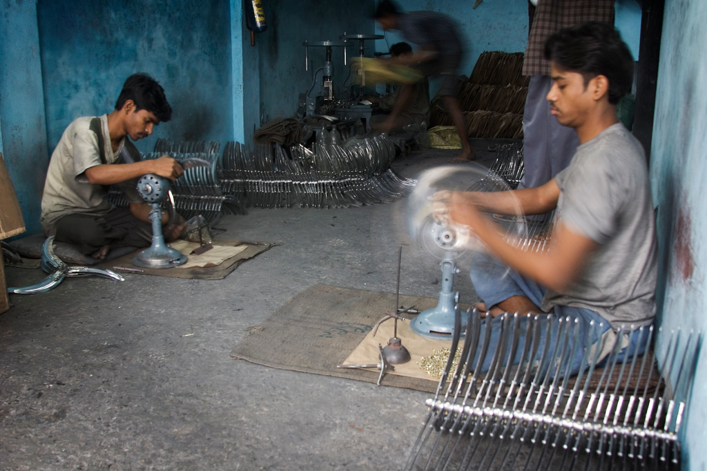 Central Government's Push Behind Suspension of Labour Rights in States?