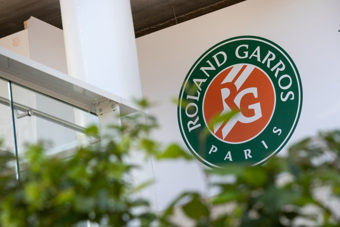 The French Open has confirmed that the event will allow fans into stadiums, although the number of fans and tickets to be put up on sale will only be finalised after discussions with authorities. (Picture: Roland Garros/Twitter)