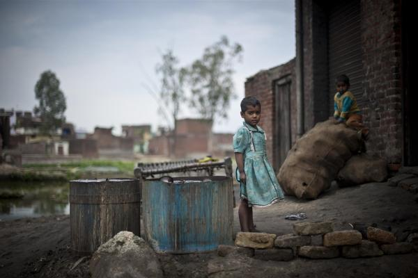 360 Million South Asian Children Might Be Pushed into Poverty: UNICEF