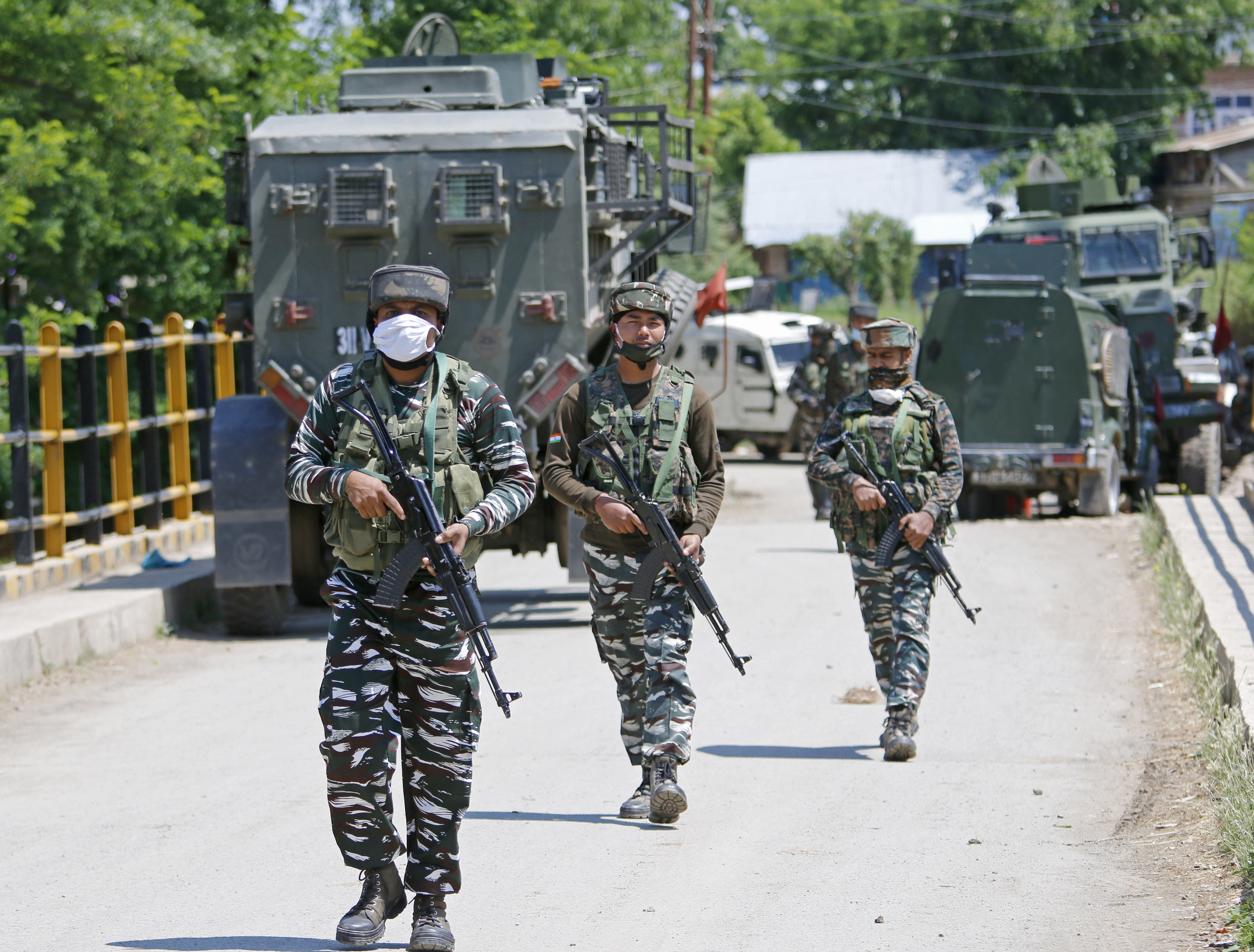 Kashmir: In Face of Back to Back Operations Against Militants, Situation Remains 'Volatile'