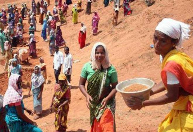 Telangana: Lakhs Attend MGNREGA Work for Minimum Wage of Rs 161 Per Day