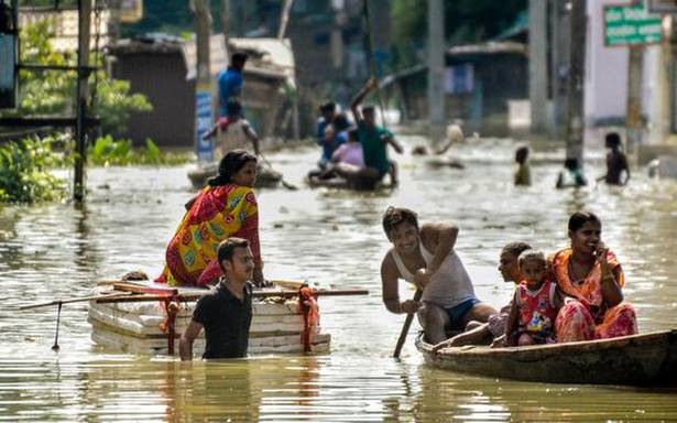 Bihar Floods: Thousands Flee Homes, Shift to High Rise Embankments, NHs After Villages Inundated