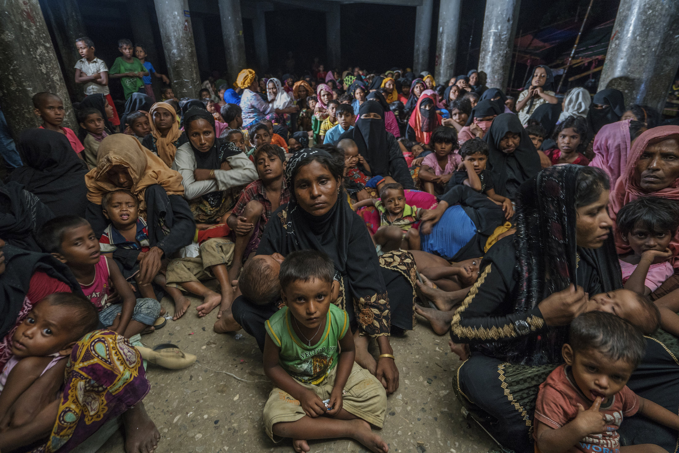 _pic 2_ Shahidul Alam, Rohingya peoples in a Cyclone Shelter, 2017.jpg