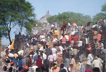 babri_masjid_demolition_20070917.jpg