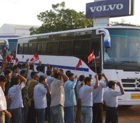 Workers vs Volvo: Wheeling in Industrial Dispute | NewsClick