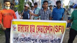 SFI West Bengal protest demanding fee waiver