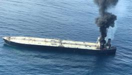 Lankan Navy, Indian Ships Continue to Battle Oil Tanker Blaze, 1 Crew Dead