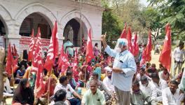 Andhra: Thousands of Textile Workers in Texport Industries in Hindupur on Strike Demanding Minimum Wages