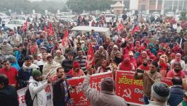 Haryana: In Solidarity With Farmers, Workers Gherao DC Offices in All Districts