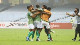 Gokulam Kerala players celebrate vs Roundglass Punjab FC
