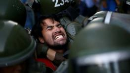 Chilean Students Protest Police Violence, Education Law