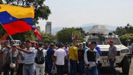 Chavistas Celebrate the People's Victory after 15 hours of Conflict on the Colombian Border