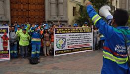 Municipal Cleaners in Peru Protest Against Mass Dismissals