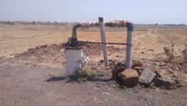 #MahaDrought: Bore Wells Get Deeper and Dryer