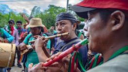 Music accompanies the Minga mobilization